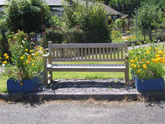 The Bench outside Talysarn Community Centre